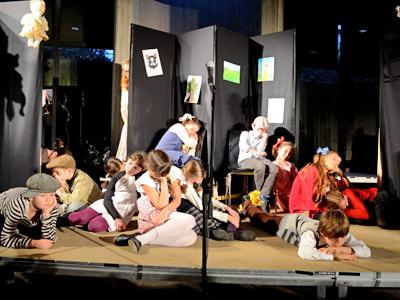 Start Theater Für Kinder Und Jugendliche Ariowitsch Haus Ev
